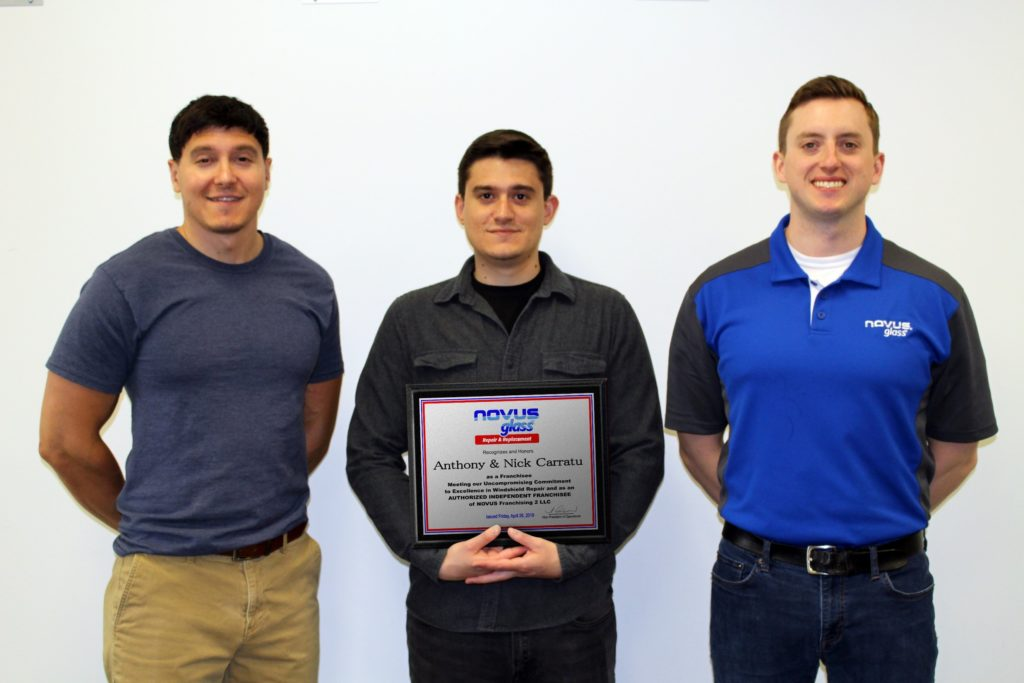 NOVUS® GLASS WELCOMES NEW FRANCHISEES ANTHONY AND NICK CARRATU